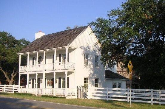 Round Top Guest House
